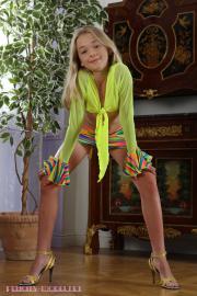 Felicity Model- Naomi m163 - Set s006