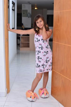 Silver-Dreams - Teen Latina PhotoModels - Page 15