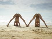 Julietta-and-Magdalena-Flexi-Beach-Bodies-10000px-%2813.07.2016%29-d6txmqqttk.jpg