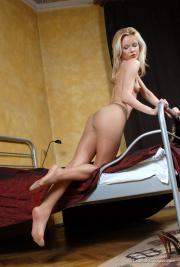 Lady In Pantyhose - Ivana z6pdxhrpp3.jpg