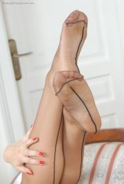 Lady In Pantyhose - Sharon 02
