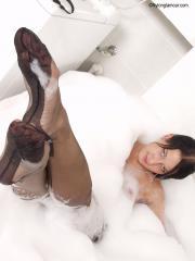 Nylon Glamour - Caroline 01