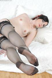 Nylon Glamour - Persephone