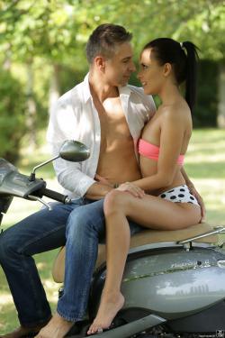Lexi Layo - Joyride To The Heart 09-28-v6r8vk2d7x.jpg