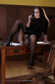 Office-Fantasy-2-Valerie-04-36rv5bdjyy.jpg