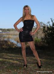 Southern-Legs-Heidi--b6sb808gfp.jpg