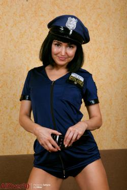 Allover30 sakyra 9 to 5 ladies 166 pics 3200x4800 oct 27 - Steamgirl download ...