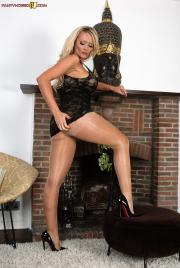 PH4U-Lucy-Zara-in-Hot-Nylon-Hussy--66sh083al2.jpg