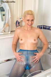 PH4U - Anna Joy in Bath Time in Blue i6s1gx9znc.jpg