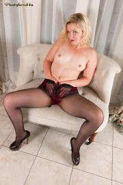 PH4U-Anna-Belle-in-Get-Horny-At-Home-d6s2jehonr.jpg