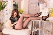 PH4U-Kate-Anne-in-New-Heels-%26-Hose-r6s2tpm2zn.jpg