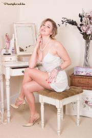 PH4U-Lucy-Lauren-in-Invisible-Pleasures-u6s3wu9k6k.jpg