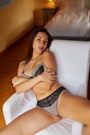 2018-11-19-MA-Angelina-Socho-in-Ample-h6s8a560ho.jpg