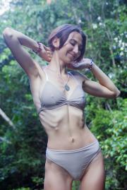 2018-11-09-EB-Alisa-M-in-Jungle-26s9irembd.jpg