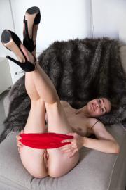 2018-12-13-MA-Tanya-Grace-in-Sexy-Night-In-t6tb84uncg.jpg