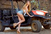 2018-12-14-HR-Brett-Rossi-in-Ranch-Girl-d6tcnkdq2z.jpg